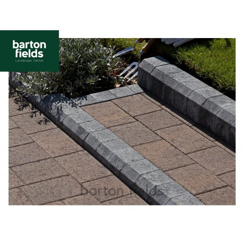 Block Paving Low Kerbs for Driveways in Charcoal - 120mm High