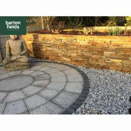Natural Granite 2.7mtr Dia Circle Paving Feature - Silver Colour